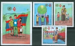 Laos 1994 Intl. Year Of Family MNH** - Lot. 3742 - Laos