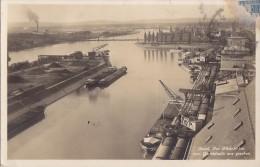 Péniches -  Basel - Der Rheinhafen Vom Getreidesilo Aus Gesehen - Port Grue - Neptun Transport - 1929 - Péniches