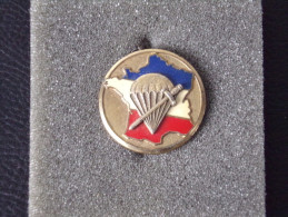 "Insignes Militaire ""C.N.E. COMMANDO"" -  Military Badges - RARE - Armée De Terre"