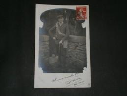 CPA/PHOTO - UN ALPINISTE EQUIPE EN 1911 - Signée PORTIER - Alpinisme
