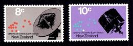 New Zealand 1971 Satellite Earth Station Set Of 2 MH - New Zealand