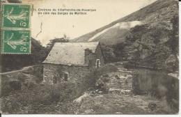 12 . ENVIRONS DE VILLEFRANCHE DE ROUERGUE . UN COIN DES GORGES DE MORLHON  . ANCIEN MOULIN - Villefranche De Rouergue