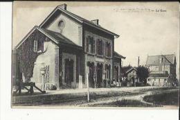 Le Mesnil Sur Oger  51   La Gare Interieure Et Le Quai Animé - Autres Communes