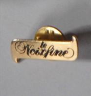 Le Noixfine - Pin's