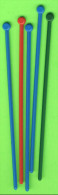MÉLANGEURS À BOISSON - LOT DE 5 TOUILLEURS - CARRÉ AVEC UN ROND - - Swizzle Sticks