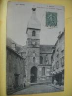 15 78 - CPA - MURAT - EGLISE PAROISSIALE - (ANCIENNE COLLEGIALE)  - 1905 - ANIMATION (VOIR SCANS RECTO VERSO) - Murat