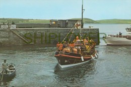 Padstow Lifeboat In Harbour - CPM - Bateau/ship/schiff - Ships