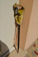 Baïonnette à Douille Modèle 1822 En Superbe état Avec Rare Gousset . - Knives/Swords