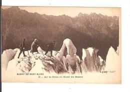 74 MASSIF Du MONT BLANC N° 58 : Sur Les Séracs Du Glacier Des Bossons / CPA Catala/lux NON CIRCULEE - Chamonix-Mont-Blanc