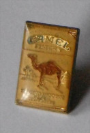 Camel Filtres Tabac Cigarettes - Pin's