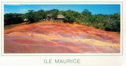 """ILE  MAURICE   """"LES TERRES DE COULEURS DE CHAMAREL""""     (VIAGGIATA) - Mauritius"""