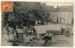 2586-58 - DORNES  - Place Du Champ De Foire - France