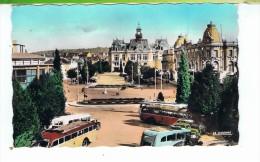 CPSM-03-1953-VICHY-L'ESPLANADE DE L'HOTEL DE VILLE-DES CARS SUR LA PLACE- - Vichy