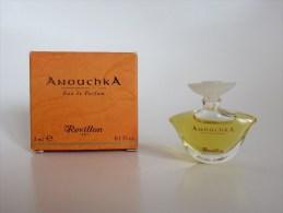 Anouchka - Revillon - Miniatures Modernes (à Partir De 1961)