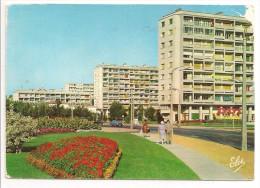 16 - ANGOULEME (Charente) - Les H.L.M. Face à La Gare - Ed. L. CHATAGNEAU N 5068 - Voir état - Angouleme