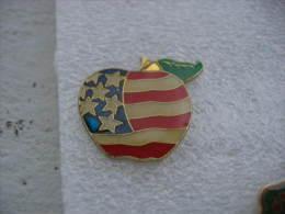 Pin's D'une Pomme Avec Le Drapeau Des USA - Alimentazione