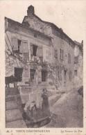 Cp , 15 , CHAUDESAIGUES , Le Vieux , La Source Du Par - Sonstige Gemeinden
