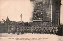 75 FETES DE LA VICTOIRES 14 JUILLET 1919 LE DEFILE DES TROUPES POLONAISES PAS CIRCULEE - Patriottiche