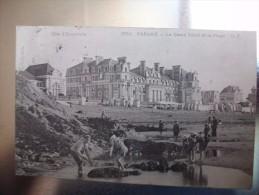 Carte Postale Paramé Le Grand Hotel Et La Plage Animée Oblitérée 1904 - Francia