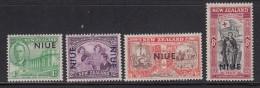 Niue MH Scott #90-#93 SG #96-#99 Set Of 4 NIUE  Overprint On NZ Peace Issue - Niue