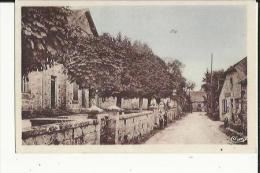 Saint-Martial De Gimel  19   Les Ecoles Et La Poste -Rue Animée Et Epicerie - Other Municipalities