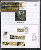 1992  World Columbian Stamp Expo  Chicage   Overprinted Endangered Species Sheetlet, Wetlands Booklet And Souvenir Sheet - Presentation Packs