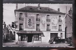 LA FERTE ALAIS HOTEL DE L ECU ET UNE TRACTION - La Ferte Alais