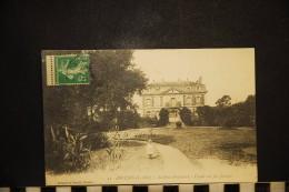 CP, 44, ANCENIS La Sous Prefecture Facade Sur Les Jardins   N°31 Edition Artaud Et Nozais RARE - Ancenis
