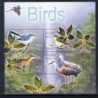 TUVALU   929  MINT NEVER HINGED MINI SHEET OF BIRDS - Non Classés