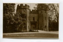 WELLS, BISHOP'S PALACE, THE DRAWBRIDGE - Wells
