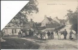 SOLLERIEUX - La Place   - Carte Coupée - Other Municipalities