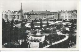 150 - PARIS - SQUARE St-LAMBERT ET LYCEE CAMILLE SEE - Arrondissement: 15