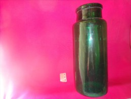 Bocal Vert Hauteur 32cm Grand Modele Poids 1022g Diametre Ext. 9.5cm-cul 12.5cm - Other Collections