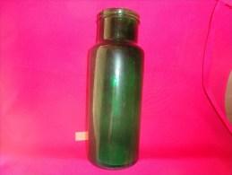 Bocal Vert Hauteur 29cm Petit Modele  Poids 1473 G Diametre Ext. 8.5cm De L´ouverture -cul 10cm - Sucres