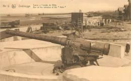 """ZEEBRUGGE - Canon à L'entrée Du Môle.   Gun At The Entrance Of The """"Mole"""" - Zeebrugge"""