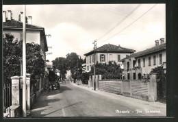 Cartolina Mozzate, Via Varesina, Strassenansicht - Italia