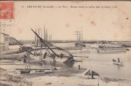 17-ILE DE-RE-ARS-EN-RE-Le Port - Bâteau Abattu En Carène Dans Le Bassin à Flot 1908  Animé - Ile De Ré