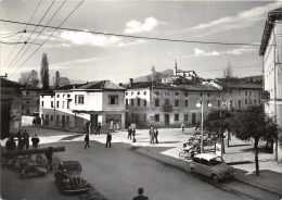 Zugliano - Piazzale Municipio              ( 2 Scans ) - Italie