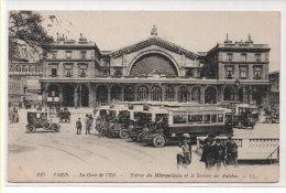 PARIS - Gare De L' Est - Entrée Du Métropolitain Et La Station Des Autobus     (79747) - Cartes Postales