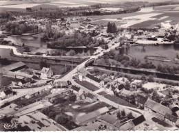 CPSM 80 @ SAINT CHRIST BRIOST @ Vue Aérienne - Vue Centrale Vers Le Pont Vers 1965 - France