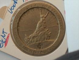 JETON NECESSITE 1921 DOOR SAMENWERKING TOT VERHEFFING DER WERKENDE KLASSE WAARDE VIJF FRANK GENT 1921 5 VOORUIT - Monetary / Of Necessity
