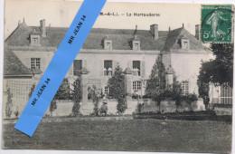49 LONGUE Longué La Hurtauderie (avec Le Personnel, Femmes De Chambre Et Jardinier) - France