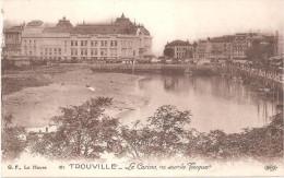 TROUVILLE ... LE CASINO VU SUR LA TOUQUES - Trouville