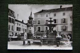 REMIREMONT - Place De La Courtine - Remiremont