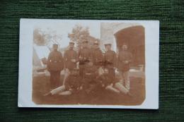 Groupe De Soldats - Régiments