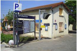 Gare D'Égly , Département De L'Essonne - Une Photo Reproduit Carte Postale  10x15 Cm. - Gares - Sans Trains