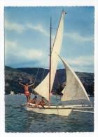 TAHITI--datée 1981--Pirogue à Balancier Avec Voile (animée), Cpsm15 X 10 N°131 éd H.Labaysse & Sons - Tahiti
