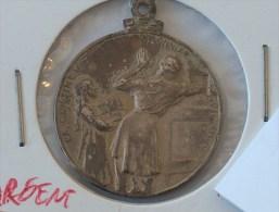 MEDAILLE LA CANTINE DU SOLDAT PRISONNIER 1914-1915 SILVER ARGENT - Belgium