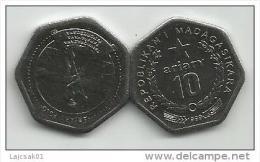 Madagascar 10  Ariary  1999. UNC KM#27 - Madagascar