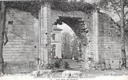 - Institut De France - Abbaye De Chaalis -13 -  Vue Dans Les Ruines    Ray73 - France